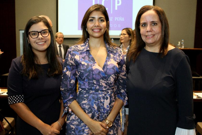 Lourdes Medina, Gina Hernández e Hypatia Modesto