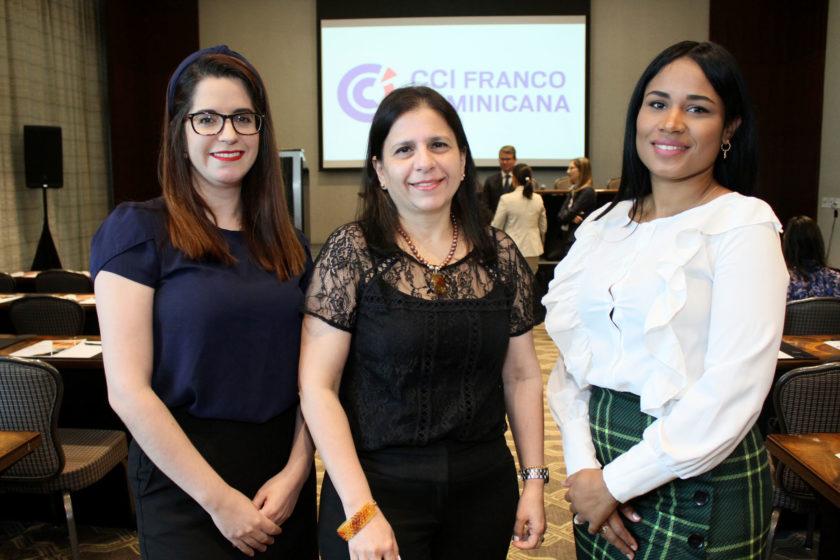 Alejandra Sierra, Larissa Piantini y Rosa Betances
