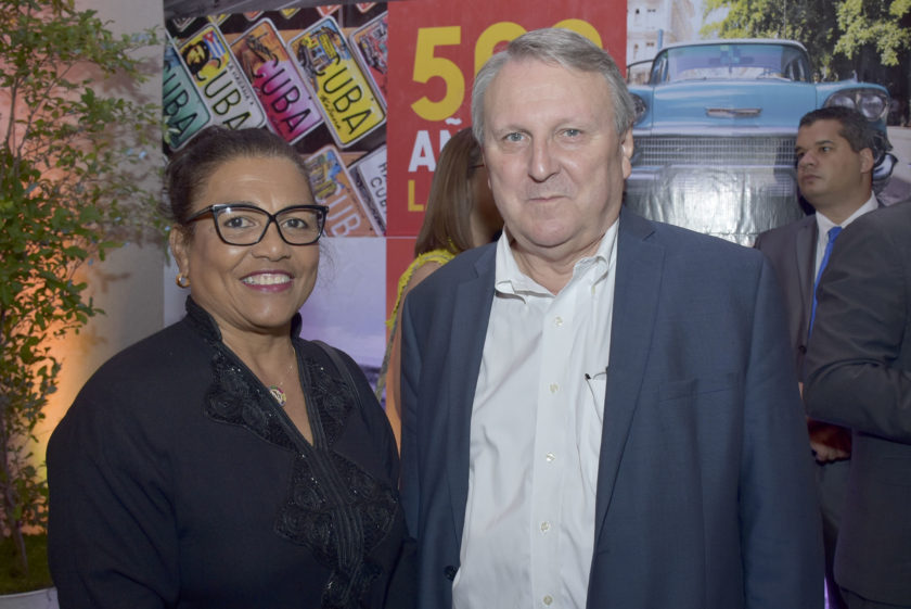 Nora Bayar y Phillippe Olivier
